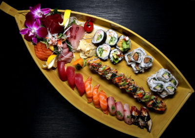 Sushi Boat (VENTANAS roll, California roll, Spicy Tuna, Shrimp Tempura, 12pc Sashimi, 12pc Nigiri)